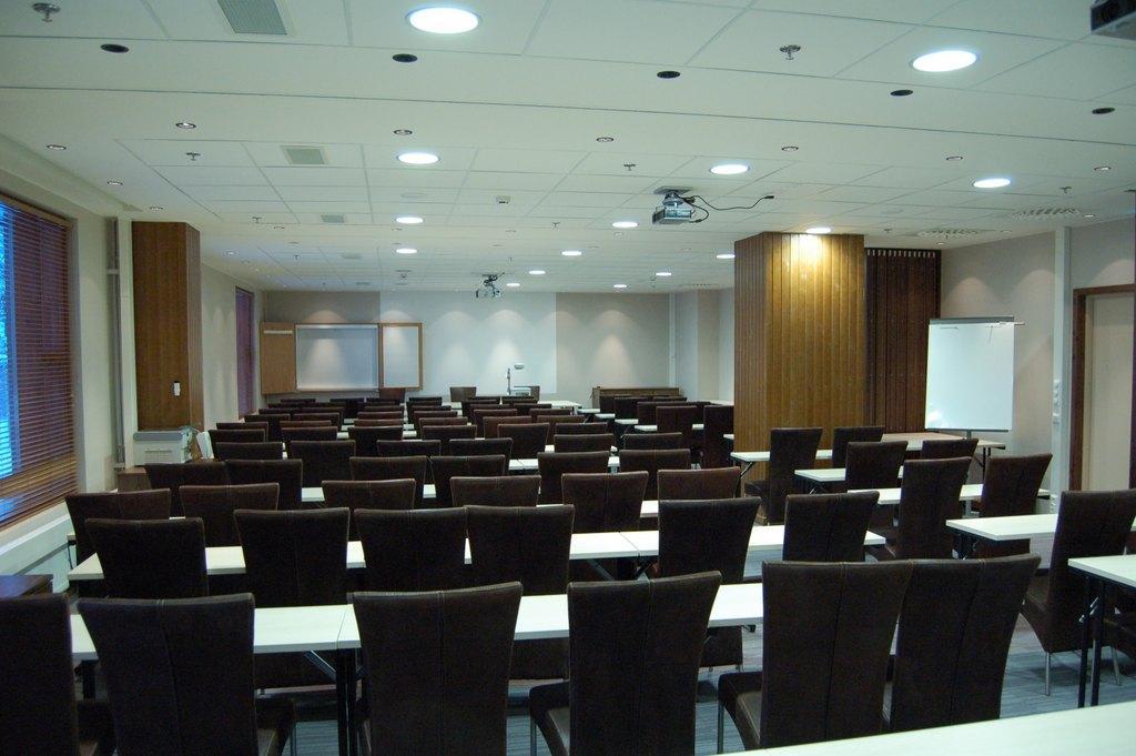 Meeting-hotel-tunturi-lapland-finland