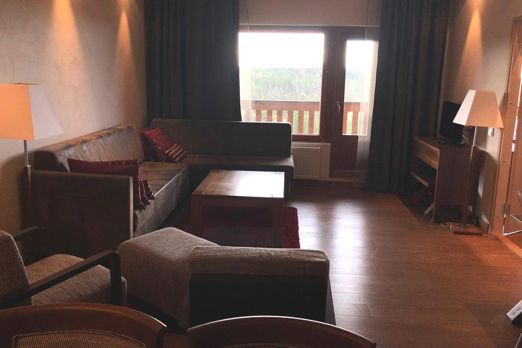 HotelTunturiGielasSviittiOlohuone