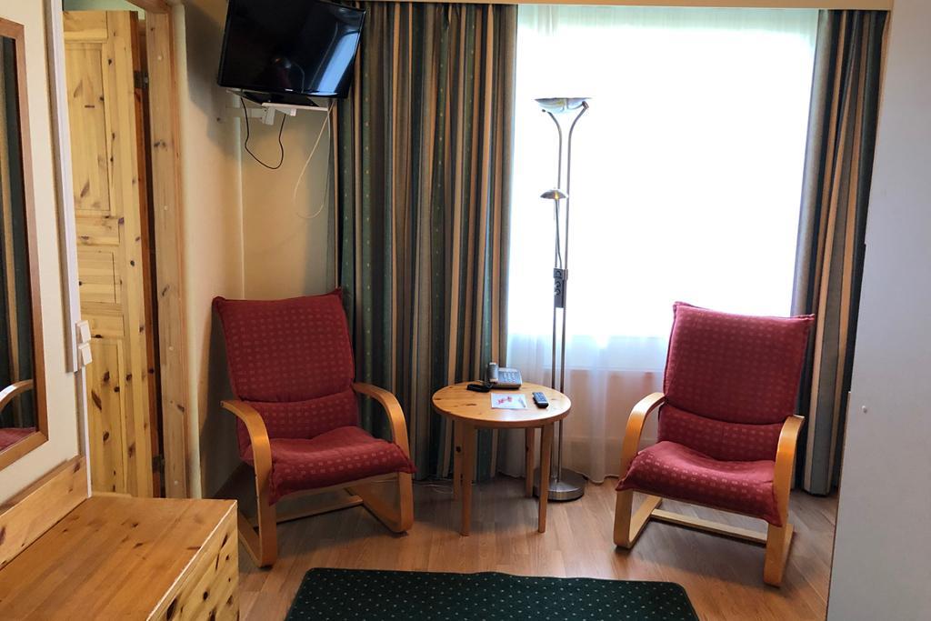 HotelTunturiParaspaikka_YksiöOleskelu