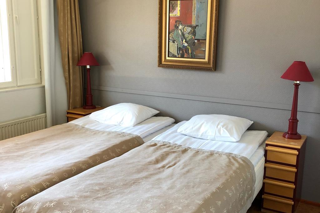 HotelTunturiParaspaikka_makuuhuone