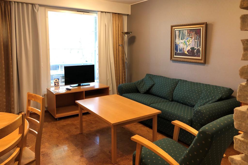 HotelTunturiParaspaikka_olohuone