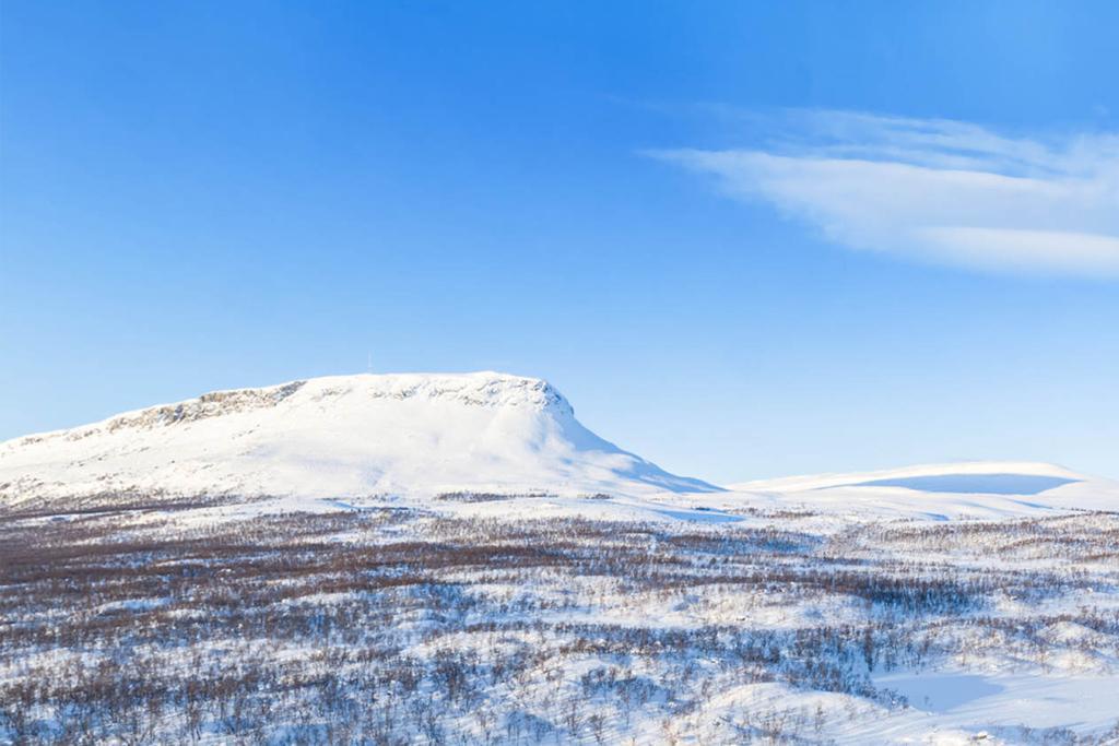 Saana-skyview-winter
