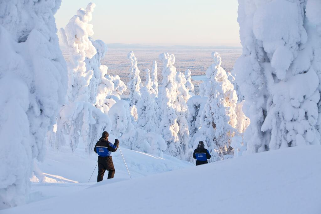 Hotel Aurora Luosto winter skiing